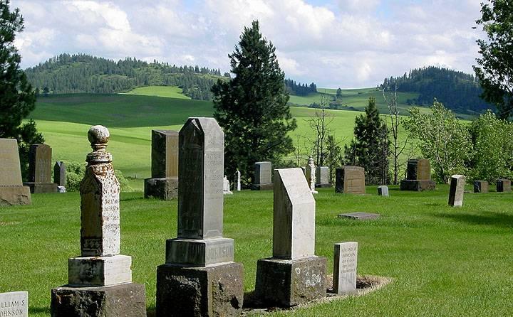 cemetary-gravestones