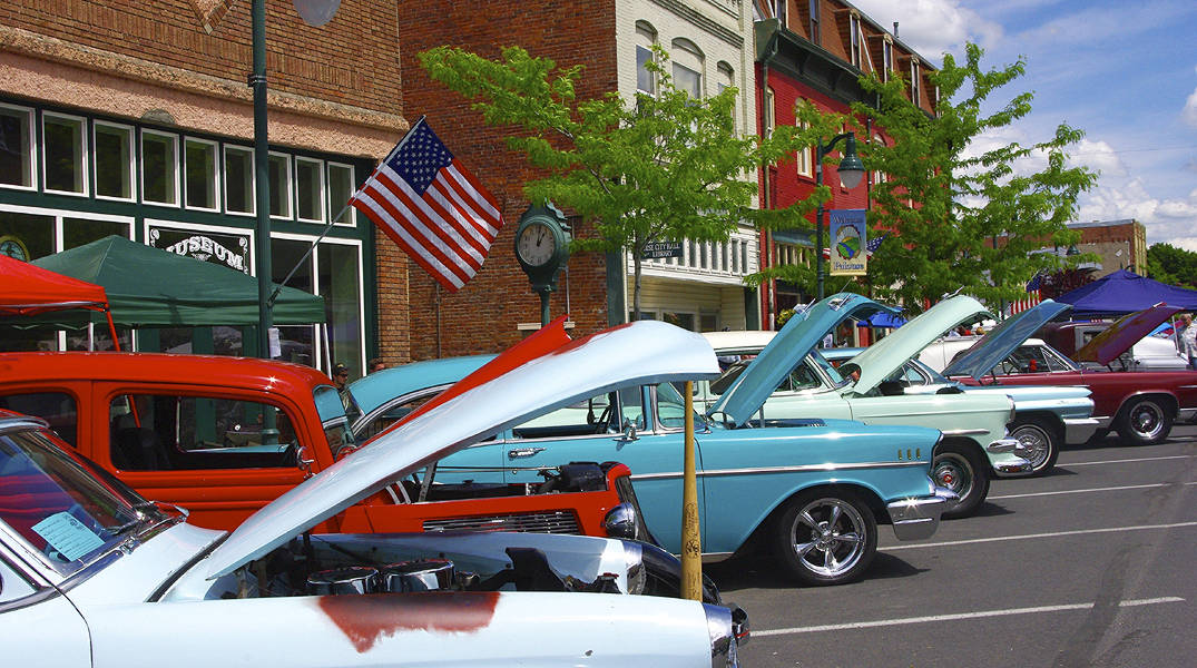 Downtown Annual Hot Rod Show